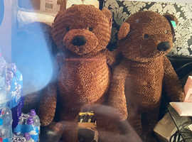 new large soft cuddly teddy bears £20 each