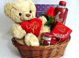 All year round hampers
