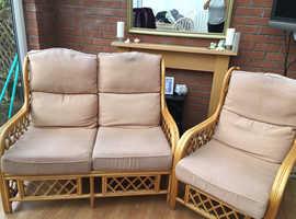 Wicker conservatory 3 piece suite