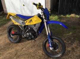 Husky 125 motorcross