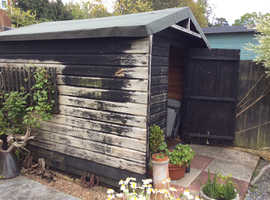 FREE Shed 10' X 8' sound condition.