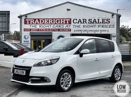 2012/62 Renault Scenic 1.6 Dynamique Tom-Tom finished in Glacier White Metallic.   58,011 miles