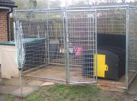 £50  Large Galvanize Steel Outside Dog Run