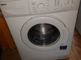 Freestanding 6kg 1200rpm Washing Machine WM622