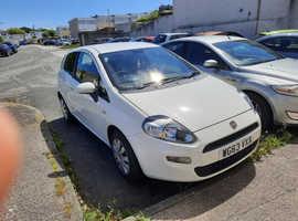 Fiat Punto, 2013 (63) White Hatchback, Manual Petrol, 44,000 miles