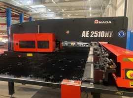 Punching press AMADA AE 2510NT yom 2011, servoelectric
