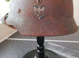 WW2 German M-35 DD helmet.