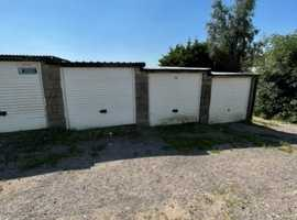 CHEAP SECURE GARAGE FOR RENT, 24/7 IDEALLY LOCATED IN FISHPONDS, BRISTOL, AVON.