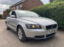 Volvo S40 2.0  Diesel, SERVICE HISTORY INC CAM BELT AND WATER PUMP