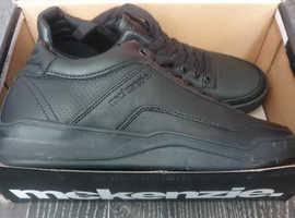 Mckenzie mens uk size 7 trainers brand new with box
