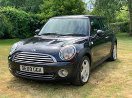 Mini Cooper 1.6 beautiful little car