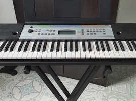 Yamaha YPT-255 Digital Keyboard