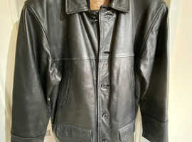 Mens Classic Black Leather Jacket Size L