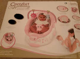 Mothercare Musical Bouncing Baby Cradle in Pink