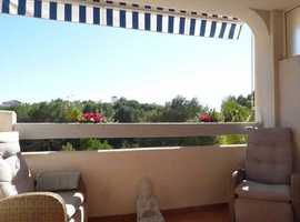 Villamartin, Costa Blanca, Lovely Quality Furnished Apartment with Lovely Views and Close to all Amenities