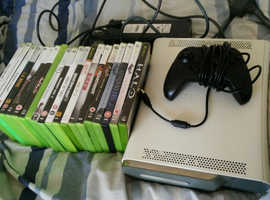 Xbox 360 with games 120g