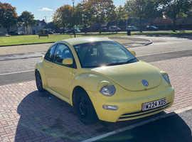 Volkswagen Beetle, 2000 (W) Yellow Hatchback, Manual Petrol, 138,500 miles