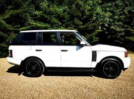 Land Rover Range Rover 4.4TD V8 auto Vogue SE 5dr White/Ebony with TV