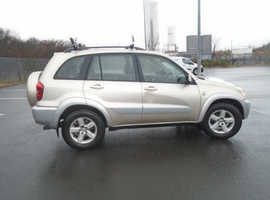 Toyota Rav4, 2005 (05) Beige Estate, Manual Diesel, 154,450 miles