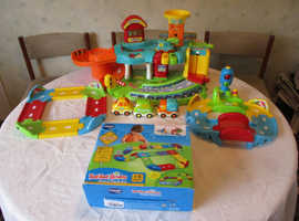 VTech Baby Toot Toot Drivers Garage, Cars, Track, Traffic lights