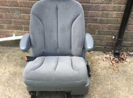Chrysler Grand Voyager car seats