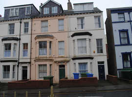 1 bedroomed small second  floor flat to let Albermarle Crescent, Scarborough