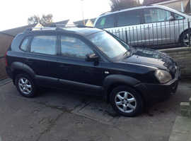 Hyundai Tucson, 2004 (54) Black Estate, Manual Petrol, 50,050 miles