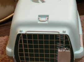 Brand New unused pet carrier £12
