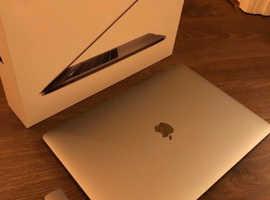 Apple Macbook pro 2018 i9 32gb ram 512gb SSD
