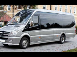 Minibus hire Leeds | coach companies Leeds