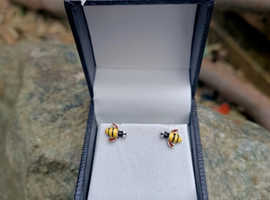 Bumble Bee Silver stud earrings New