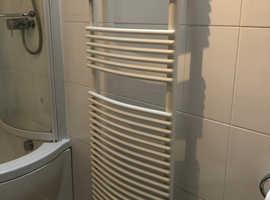 Acova Curved Towel Rack, Radiator