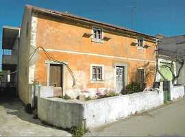 House for sale in sunny Portugal