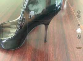 Size 3 metal heel stiletto...open to offers