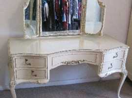 Louis Olympus Kidney Dressing Table