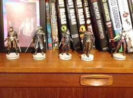 2 inch assassins creed figuers