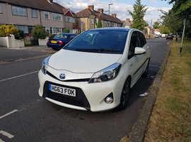 Toyota Yaris, 2014 (63) White Hatchback, Cvt , 81,000 miles