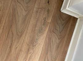 Brown floor laminate