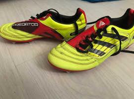 Adidas predator size 5