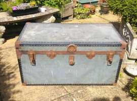 Old Trunk/Chest