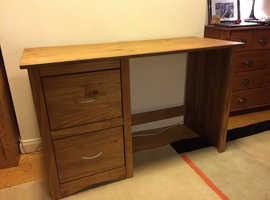 Oak desk/dressing table