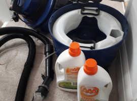 Vac carpet shampoo cleaner and vacuum.