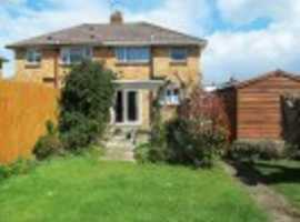 Beautiful 2double-bed Semi-detached house in quiet residential area, Poole