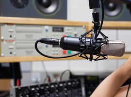 RADIO PRESENTER wanted for tuition