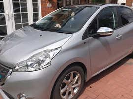 Peugeot 208, 2015 (15) Silver Hatchback, Manual Diesel, 22,761 miles