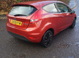 Ford Fiesta, 2009 (09) Red Hatchback, Manual Petrol, 114,000 miles