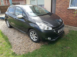 Peugeot 208, 2015 (15) Grey Hatchback, Manual Petrol, 56,299 miles