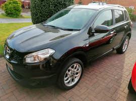 Nissan Qashquai 2, 2011 (11) Black MPV, Manual Diesel, 81,000 miles