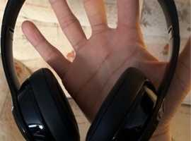 Beats solo 3 wireless Headphone's in really great condition. Black. With carry case.Collection only. Beats