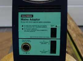 Mains Adaptor to 12v Halfords